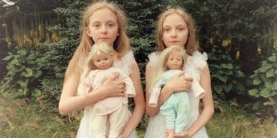 Icelandic Twin Girls in Beautiful & Haunting Photographs by Ariko Inaoka