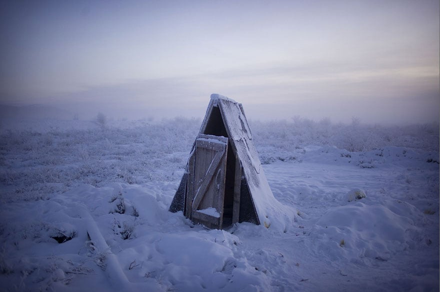 Amos Chapple's Photographs of the Coldest Town on Earth -travel, forest