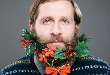 These 12 Festive Beards Will Set a Christmas Mood 2