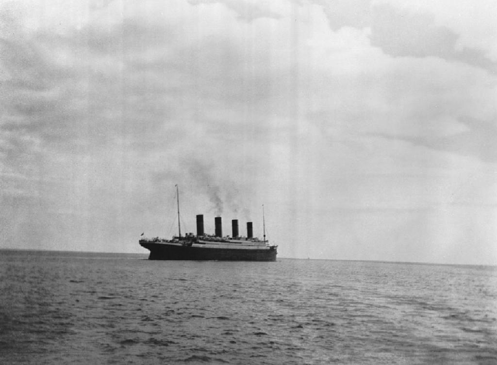 the last photo of the RMS Titanic April 1912