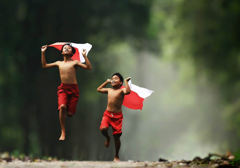 Photographer Captures the Carefree World of Children in an Indonesian Village -travel, photo-project, Indonesia