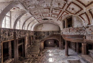 Stunning Staircases Found in Abandoned Mansions by Christian Richter 6