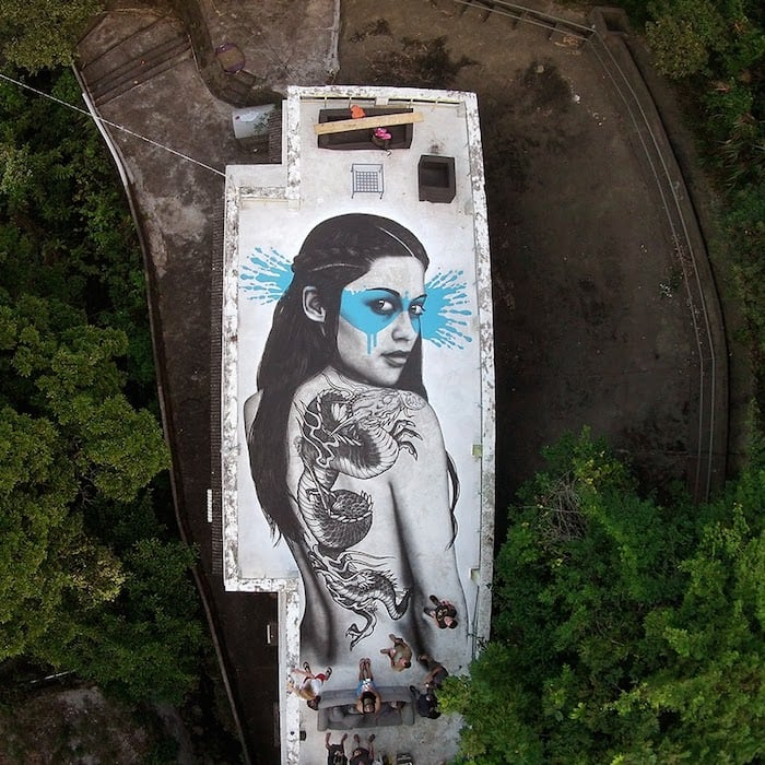 fin_dac_hong_kong_roof_01