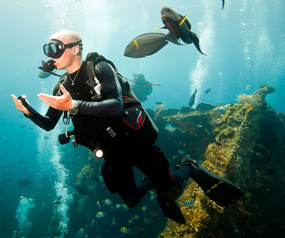 scuba diving in Bali