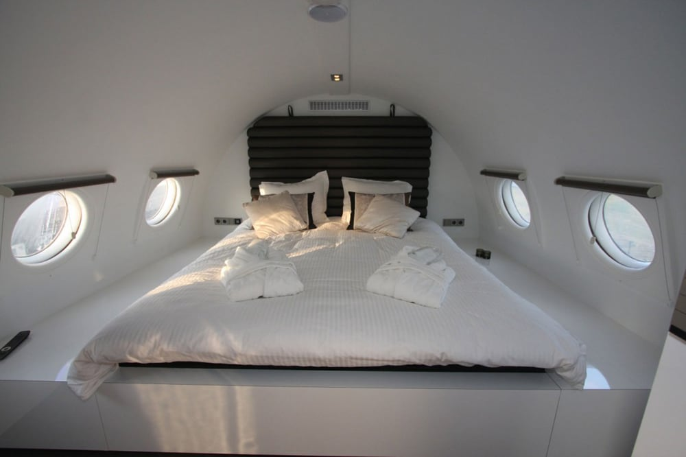airplane_suite_11