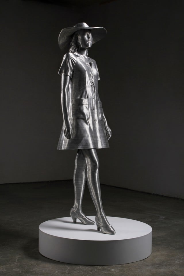 Aluminium-Wire-Sculpture_19-640x959