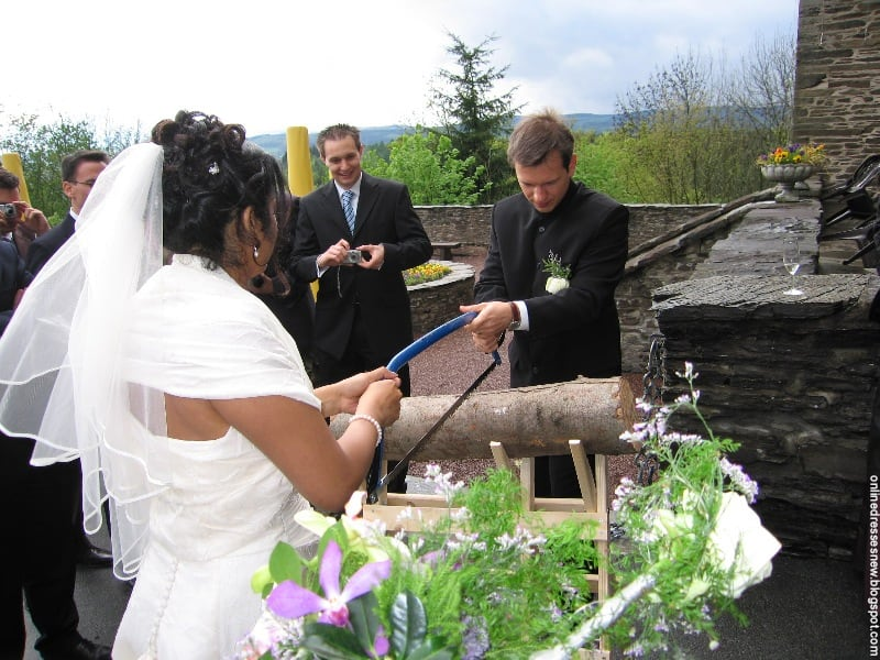 8 Fun Wedding Traditions from Around the World -wedding, style, jewelry, fashion, culture