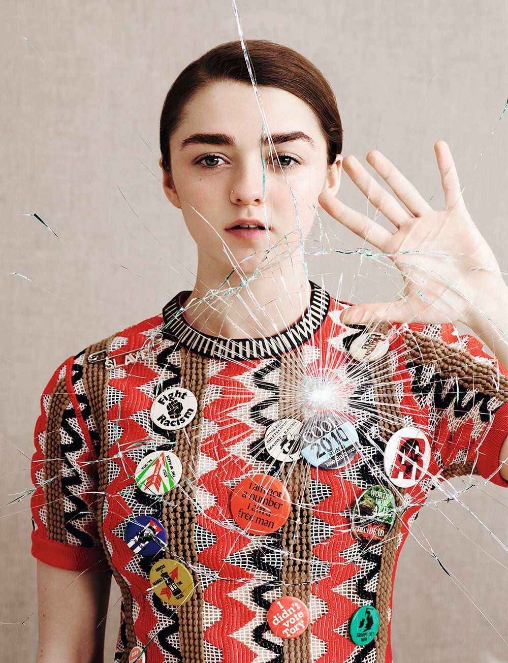 Maisie-Williams-Dazed-Confused-Magazine-2015-7
