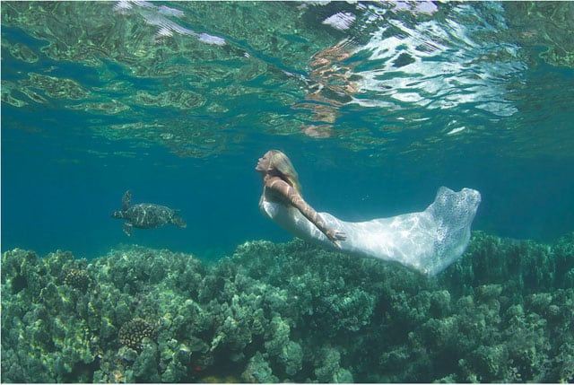 The-Underwater-Wedding-Portraits_11