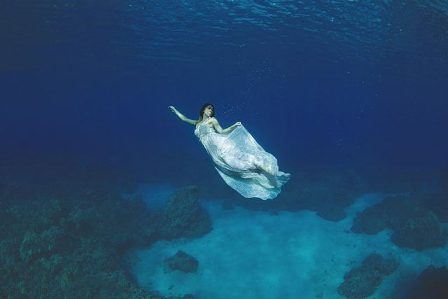The-Underwater-Wedding-Portraits_4