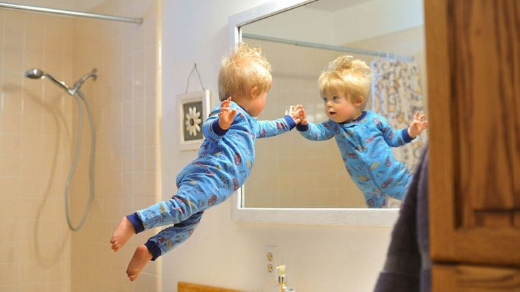 "Dad Makes His Son With Down Syndrome ""Fly"" In Heartwarming Super-Hero Photo Series -photo-series, photo-project"