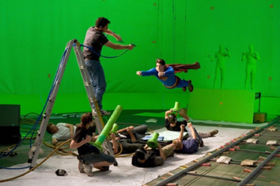 superman-green-screen-1-930x618