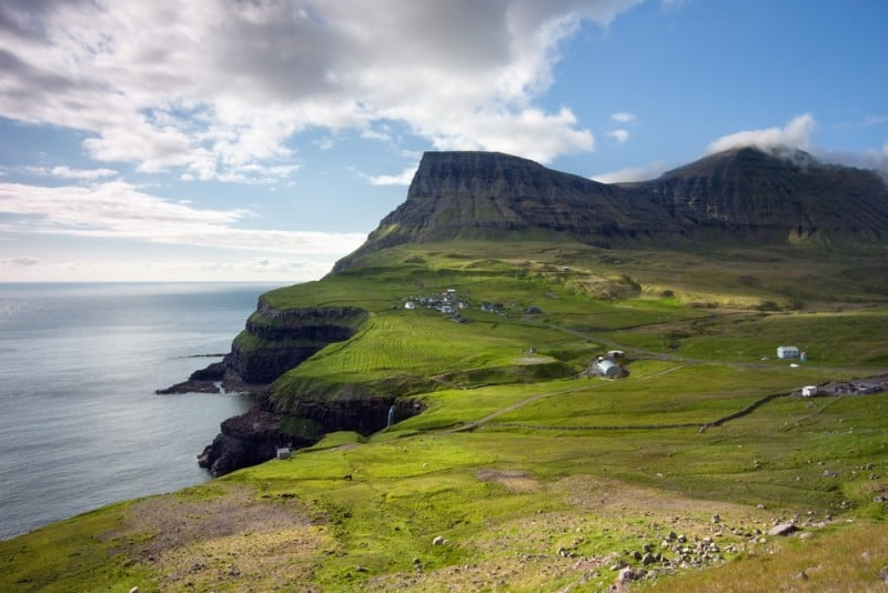 Faroe-Islands-Shutterstock-8