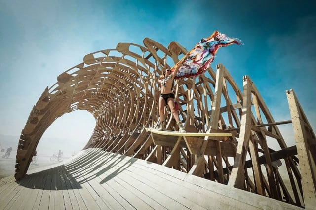 burningman20148-640x425