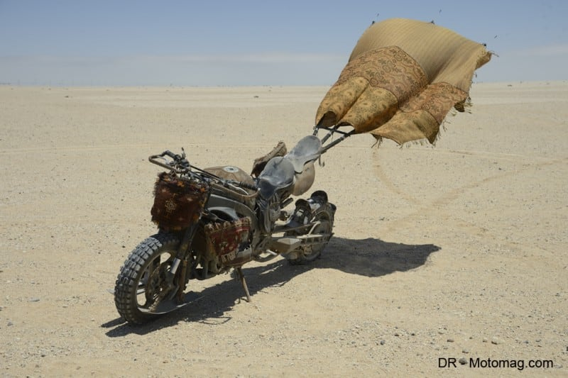 mad_max_fury_road_moto_frd-28085