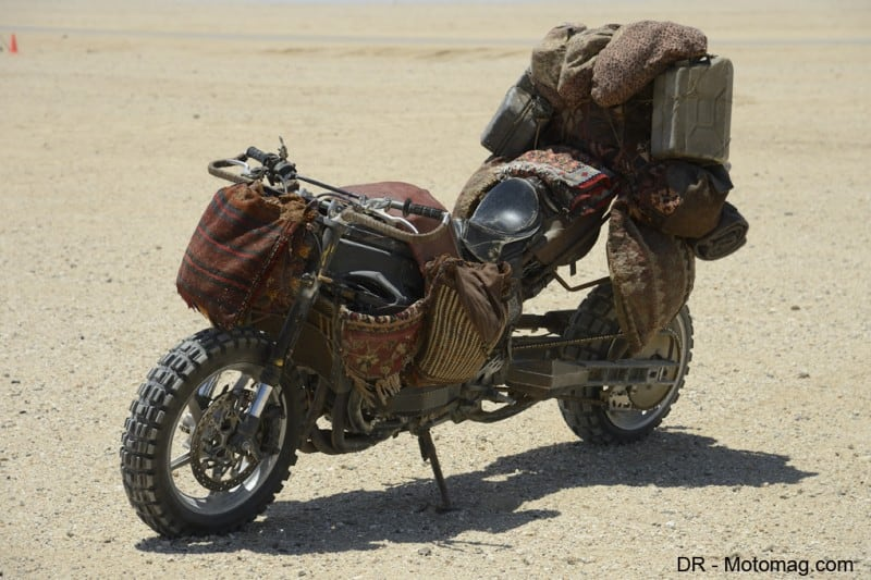 mad_max_fury_road_moto_frd-28113