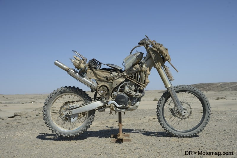 mad_max_fury_road_moto_frd-32190