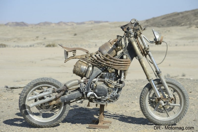 mad_max_fury_road_moto_frd-32294