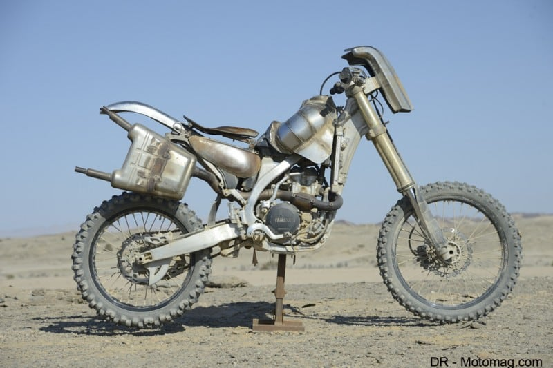 mad_max_fury_road_moto_frd-32342