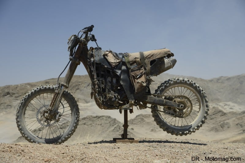 mad_max_fury_road_moto_frd-32636