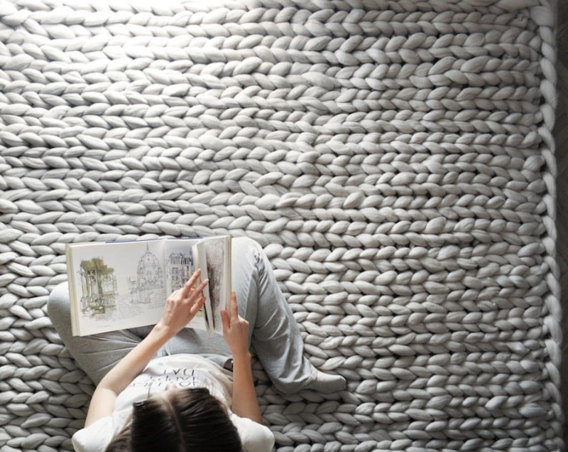 Anna Mo's Cozy 'Chunky Knits' That Can Cover Your Whole Body -
