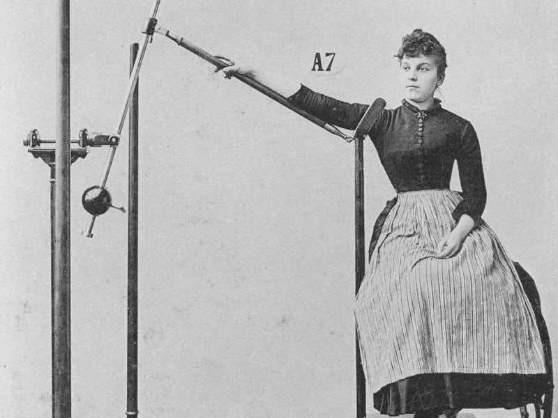 """Weird And Scary Workout Equipment Of Victorian Era > FREEYORK"""" title=""""Weird And Scary Workout Equipment Of Victorian Era > FREEYORK""""></center><center><img style="""