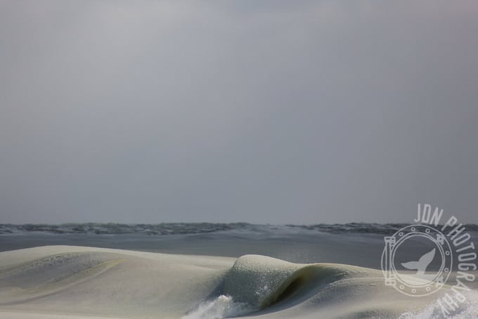 Photographer Captures Nearly Frozen Waves in Nantucket -waves, sea, photography, nature