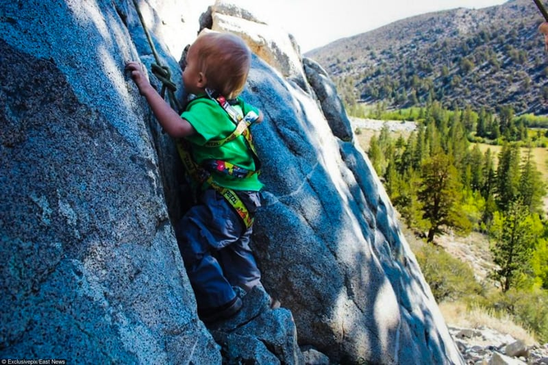 2_toddler-mountain-climber