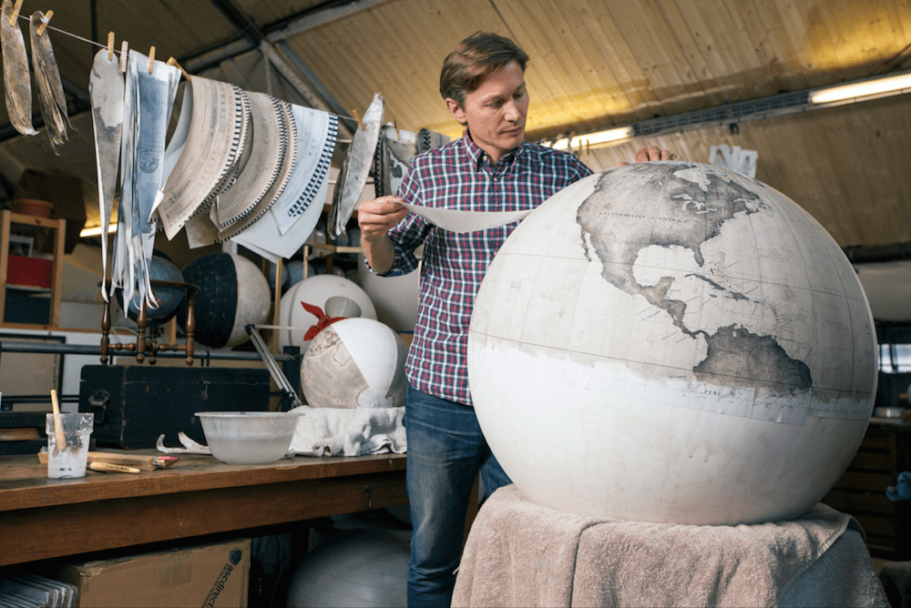Stunning Hand Crafted Globes By The Only Globe Making Studios In The World -maps