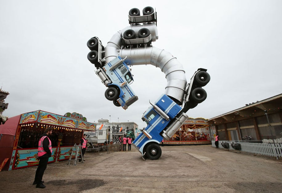 counter-culture-amusement-park-dismaland-bemusement-park-banksy-4