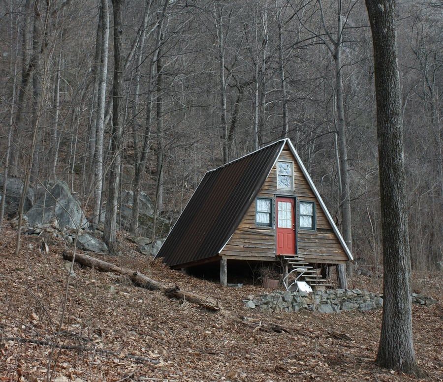 the-most-beautiful-abandoned-cabins-waiting-for-owners-to-come-18