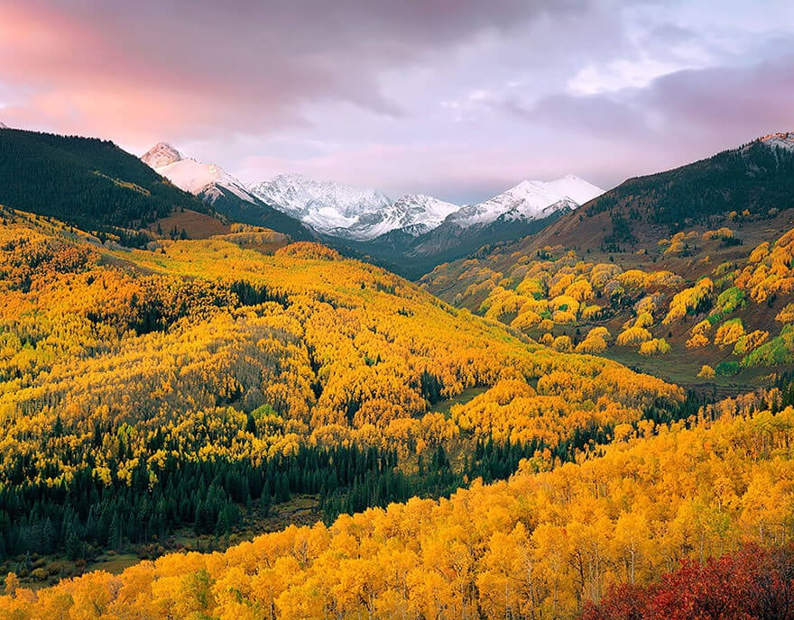 These Photos Prove That Autumn Is a Magical Season -mountains, landscapes, forest, feat, autumn