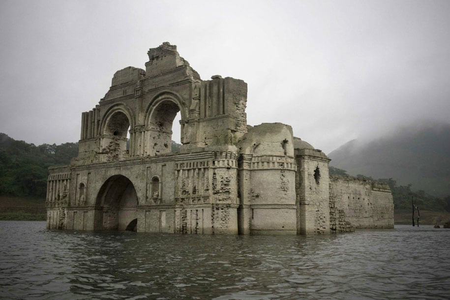 submerged-church-emergence-temple-santiago-quechula-mexico-6