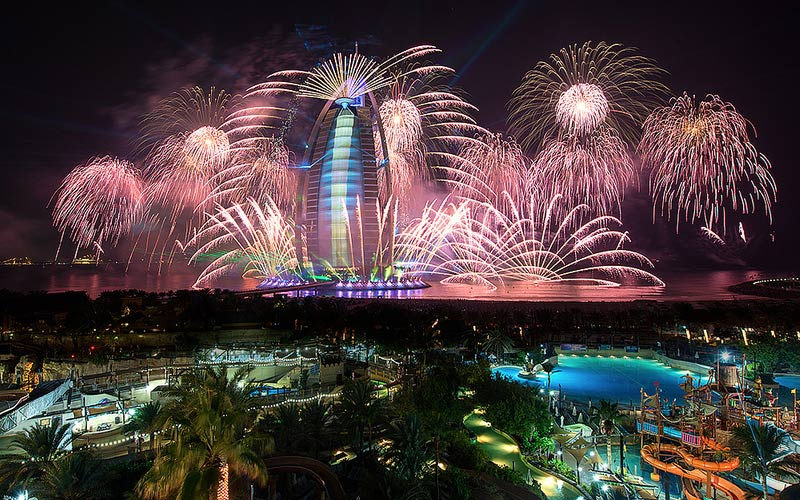 Exhilarating New Year's Eve at Dubai, Dubai trip, honeymoon plan at dubai, Dubai holiday packages
