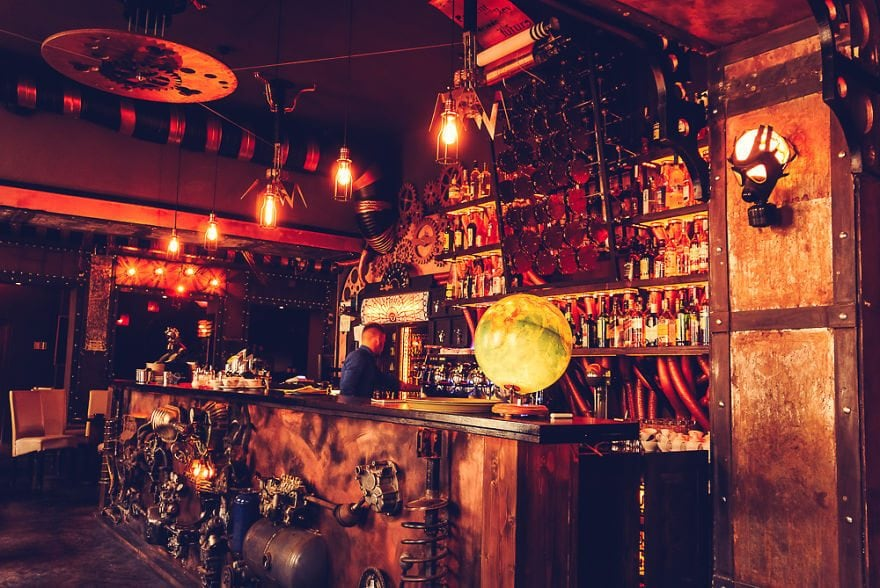 steampunk-pub-romania-freeyork-1