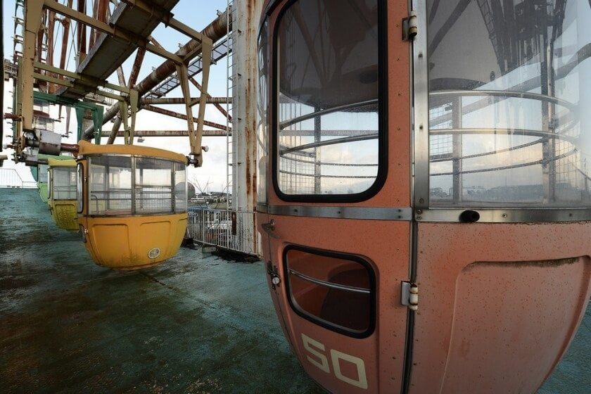reginald-van-de-velde-abandoned-amusement-parks-fy-16