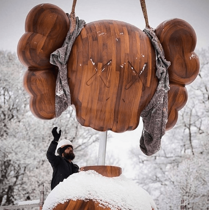 kaws-sculptures-yorkshire-sculpture-park-fy-6