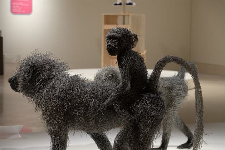 kendra haste fy 7 - Artist Creates Life-Size Animal Sculptures Made Completely Out of Wire