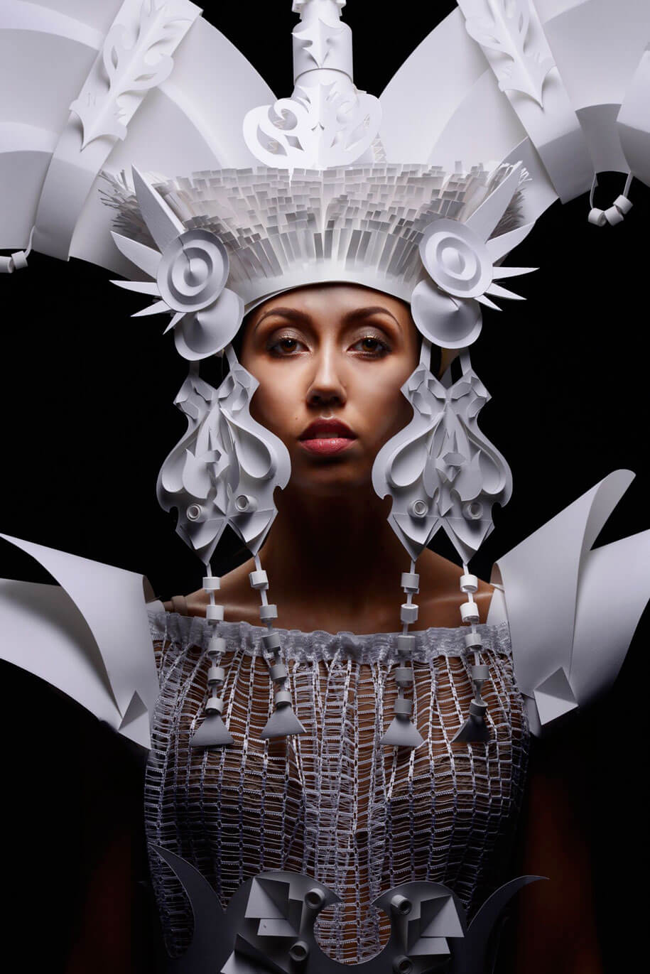 Russian Artist Creates Classical Baroque Wigs Out Of Paper -paper-art, paper, fashion