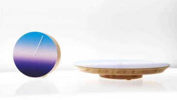 This 24-Hour Clock Slowly Transitions You From Dusk to Dawn -time, color