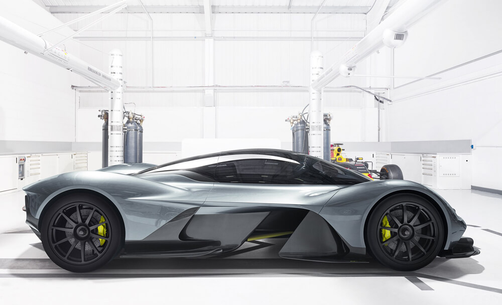 aston-martin-red-bull-racing-reveal-rb-001-hypercar-7