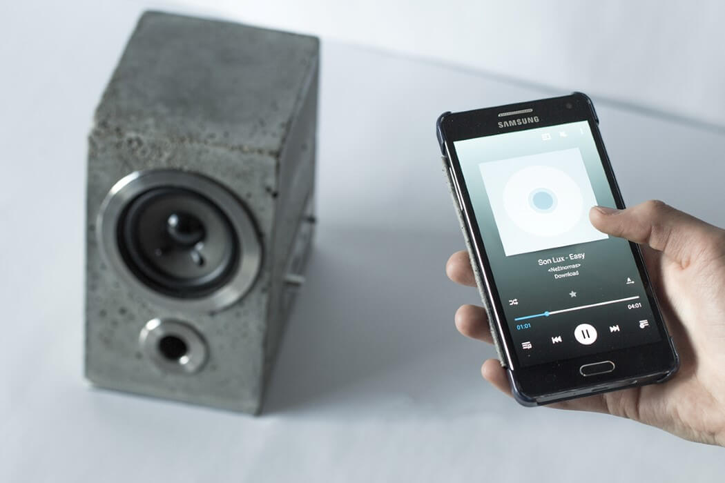 Concretus: Speaker Made Completely from Concrete -
