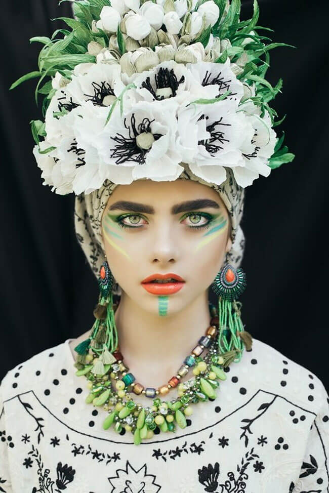 Polish Artists Recreate Traditional Slavic Wreaths To Maintain The Tradition -