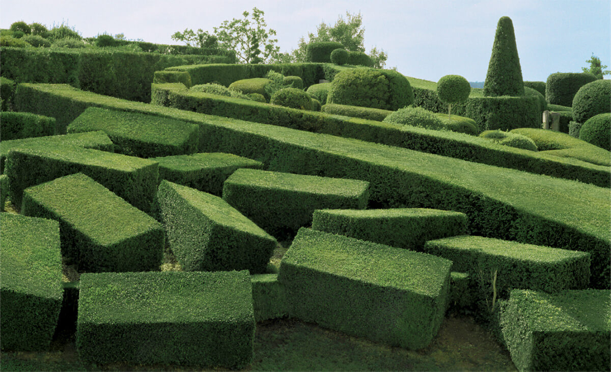 Abstract views of the marqueyssac topiary gardens freeyork for Marqueyssac topiary gardens philippe jarrigeon