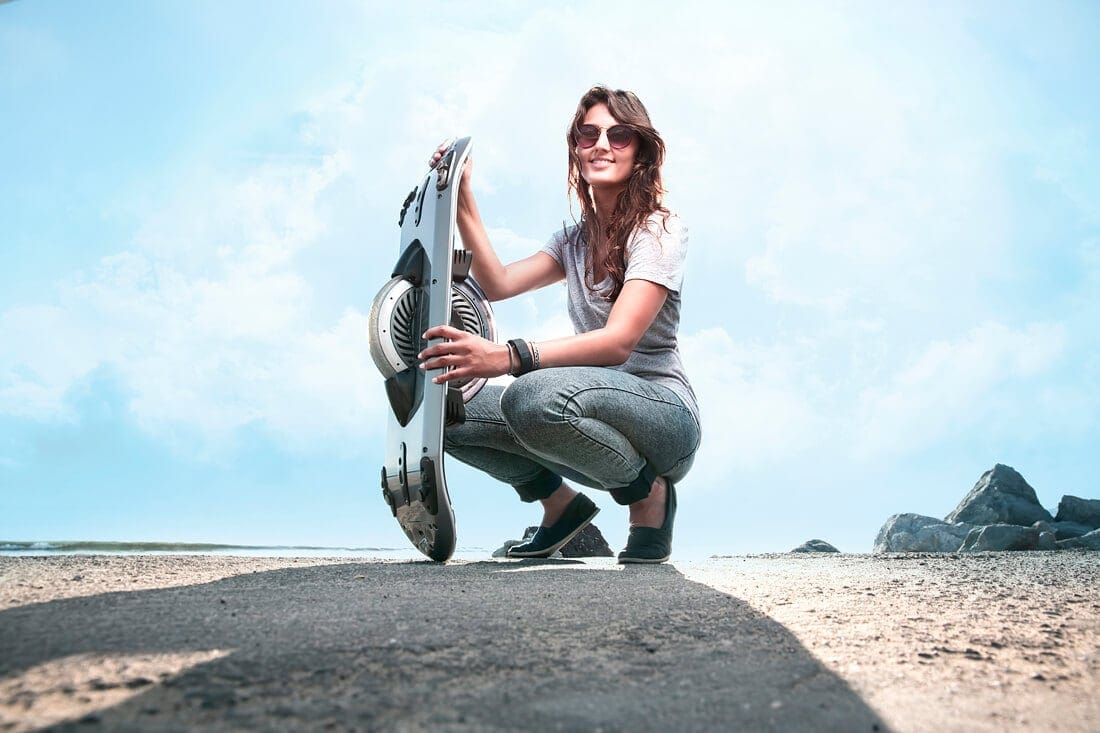 Personal Electric Hoverboard Will Revolutionize The Ride experience -skateboard, kickstarter