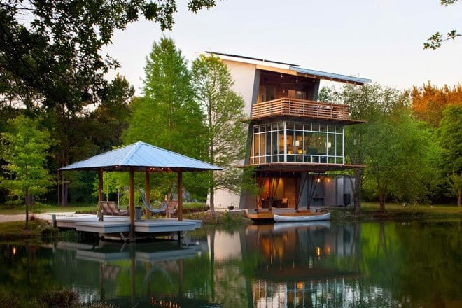Luxurious Resort: The Pond House by Holly & Smith Architects -resort, lake, house