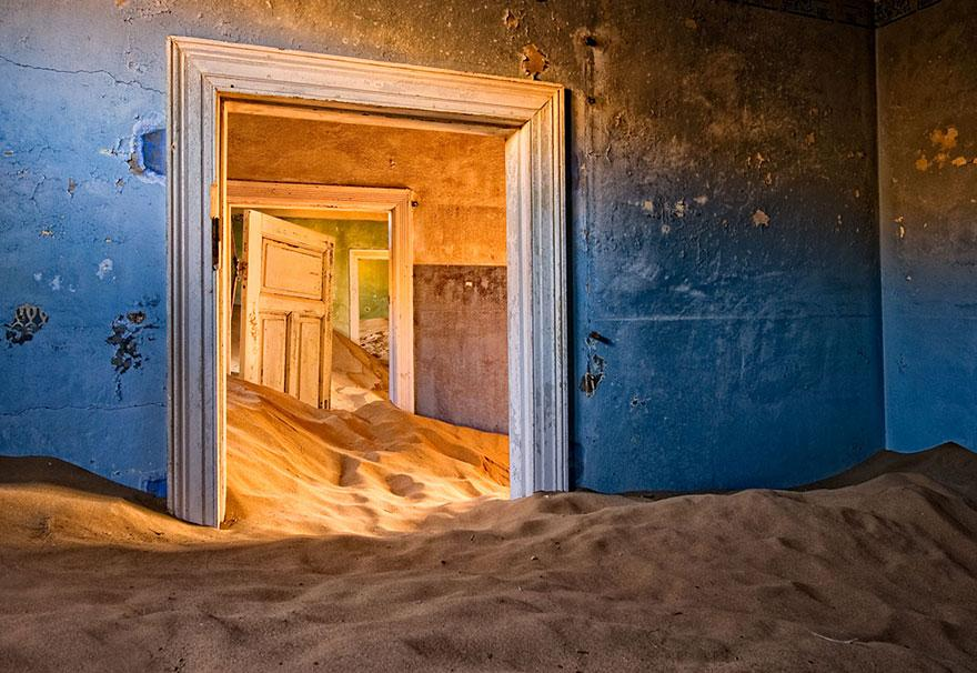 Images of Abandoned Places (part one) -abandoned