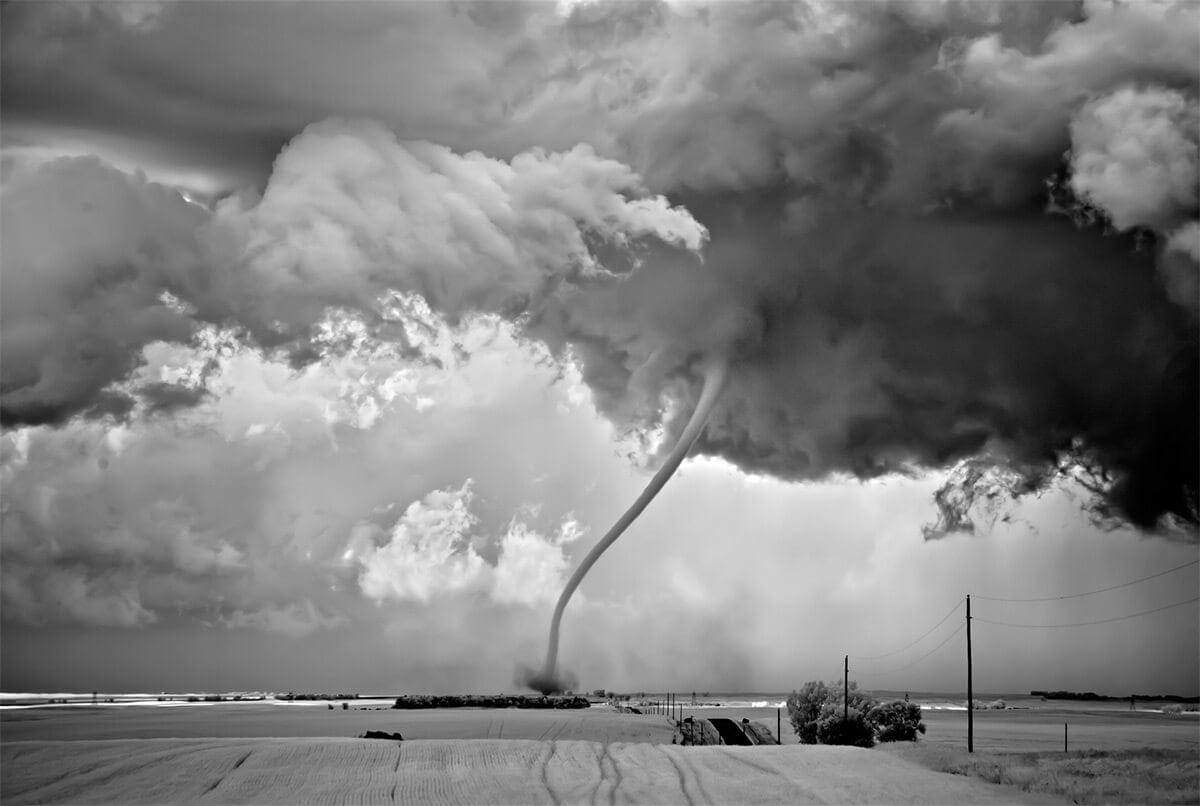 Apocalyptic Storms in Black and White by Mitch Dobrowner -landscapes, clouds, black and white
