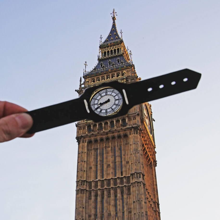 Artist McCor Transforms Famous Landmarks Using Paper Cutouts -paper, london, Instagram, adventure