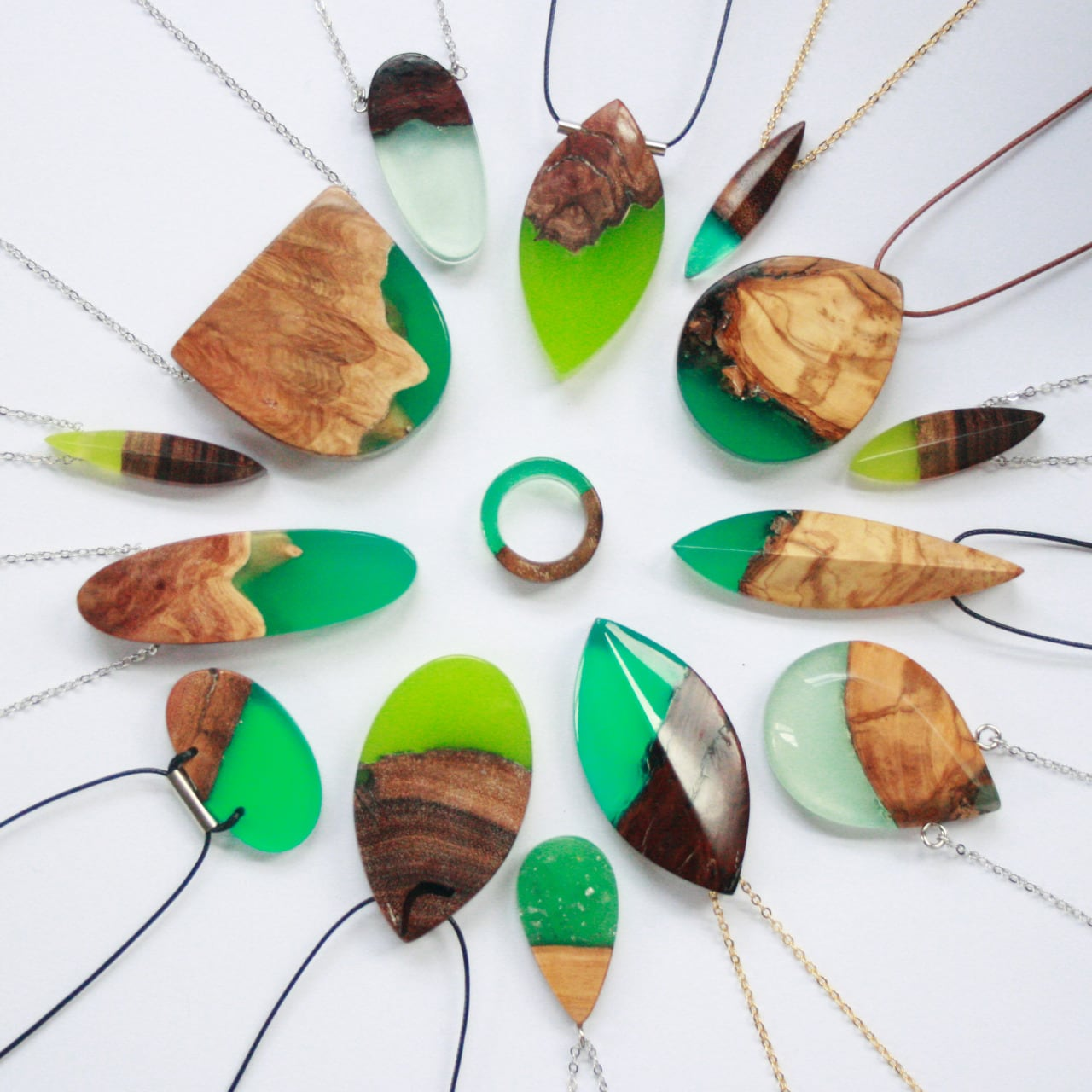 Designer Transforms Jagged Wood Fragments  with Resin into Splendid Accessories -resin, jewelry, fashion